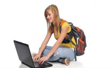 Yazılım mı Yoksa Ders mi Çalışmak Gerekli?