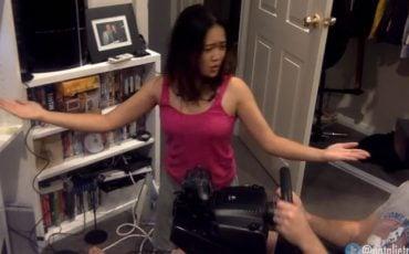 Sevgilisini Sanal Gerçeklik Oyununa Kaptıran YouTuber