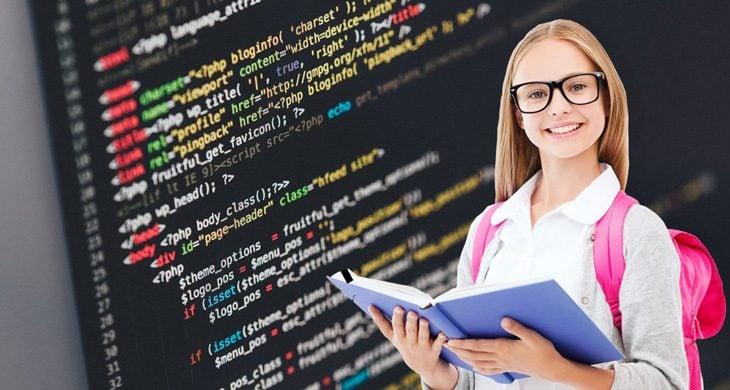 Üniversite Öncesi Yazılım Bilmenin Önemi Nedir?